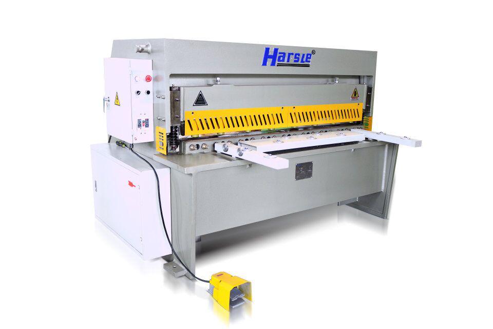 Principio de funcionamiento de la máquina de cizallamiento